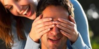 Savants : 44% d'hommes attendent la demande en mariage