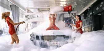 Un lave-auto attire les clients par du sexe gratuit
